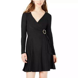 🆕 PLANET GOLD - Black Wrap Dress